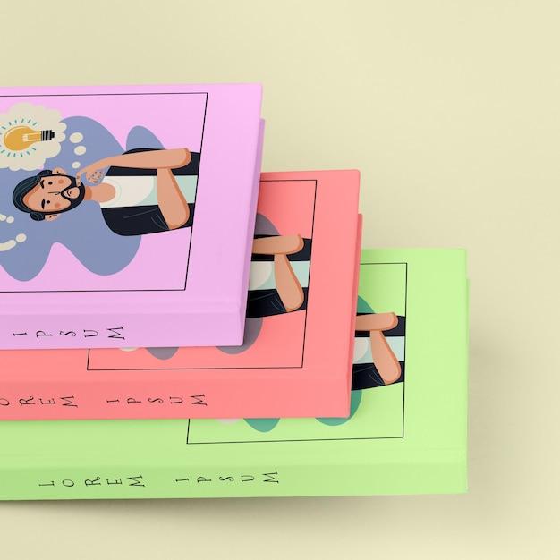 Куча разных книг макеты крупным планом Бесплатные Psd