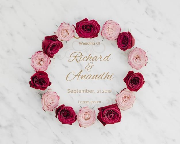 분홍색과 빨간 장미는 날짜를 저장 무료 PSD 파일