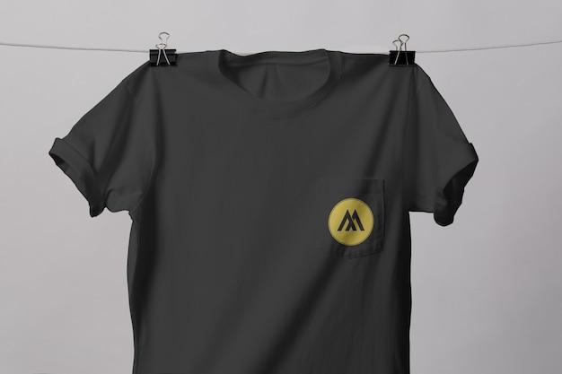 고립 된 포켓 티셔츠 이랑 프리미엄 PSD 파일