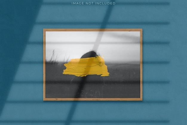 그림자 오버레이가있는 사진 용 포스터 모형 프리미엄 PSD 파일