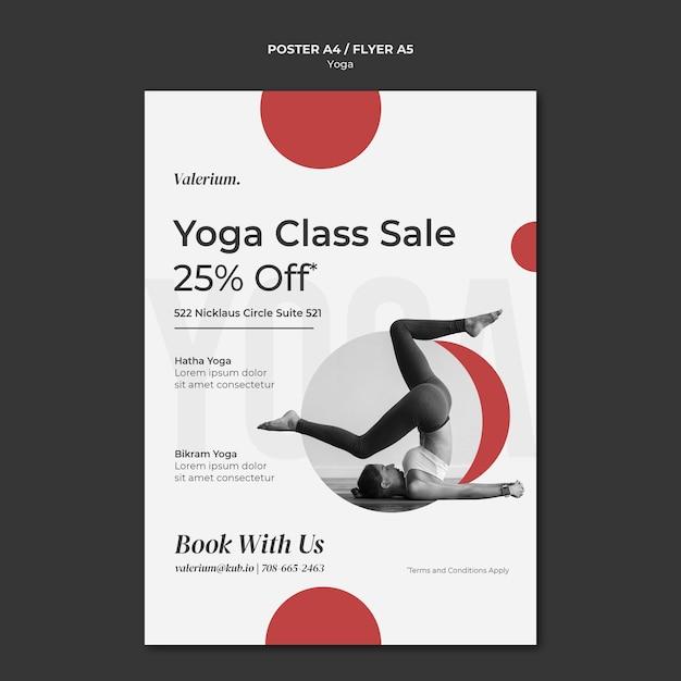 Шаблон плаката для занятия йогой с инструктором-женщиной Бесплатные Psd