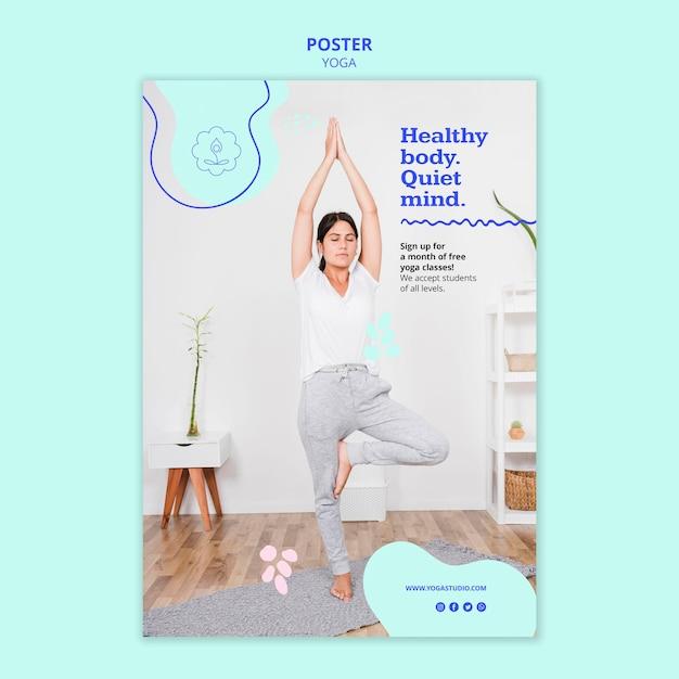 Modello di annuncio di poster yoga Psd Gratuite