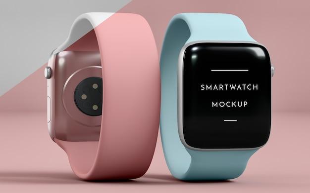 Presentazione per smartwatch anteriori e posteriori con mock-up dello schermo Psd Gratuite