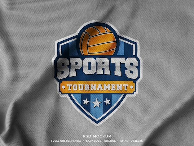저지 원단에 인쇄 된 스포츠 로고 목업 프리미엄 PSD 파일
