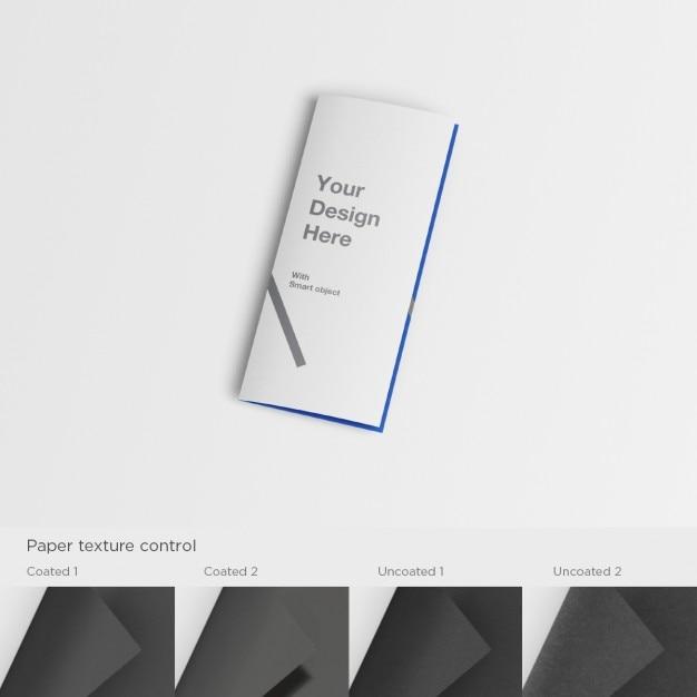 Realistic a5 flyer presentation Free Psd