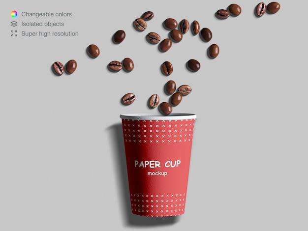 원두 커피와 현실적인 평면도 종이 컵 이랑 프리미엄 PSD 파일