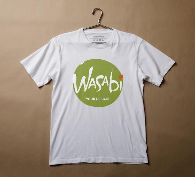 현실적인 흰색 티셔츠 장면 제작자 이랑 템플릿 프리미엄 PSD 파일