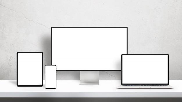 사무실 책상에 모형을위한 격리 된 화면이 책상에 응답 장치 프리미엄 PSD 파일