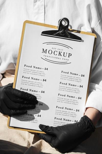 クリップボードのレストランメニューのモックアップ 無料 Psd