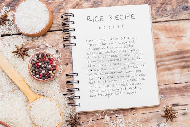 Ricetta della torta di riso sul taccuino Psd Gratuite