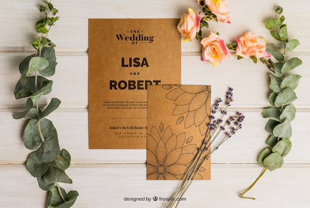 Romantic cardboard wedding set Free Psd