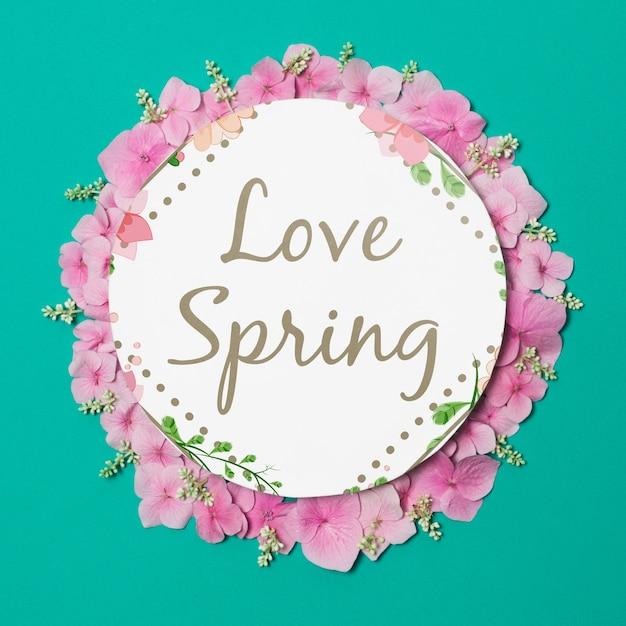 Круглый бумажный шаблон с цветами на весну Бесплатные Psd