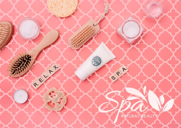 Scrubbing pack at spa salon mock-up Free Psd