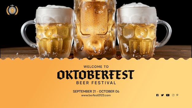Set of oktoberfest beer mugs with foam Free Psd