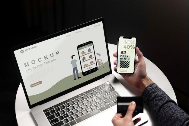 노트북과 휴대 전화로 온라인 쇼핑 무료 PSD 파일