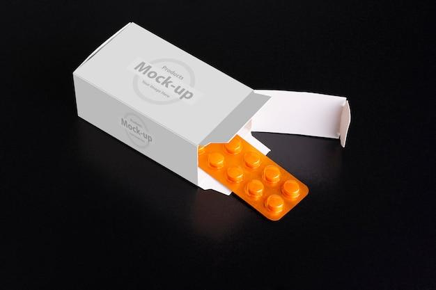 Одна буханка планшета, вылезающая из макета коробки Premium Psd