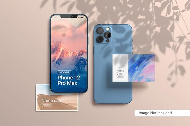 Smartphone 12 Pro Max 및 카드 모형 프리미엄 PSD 파일