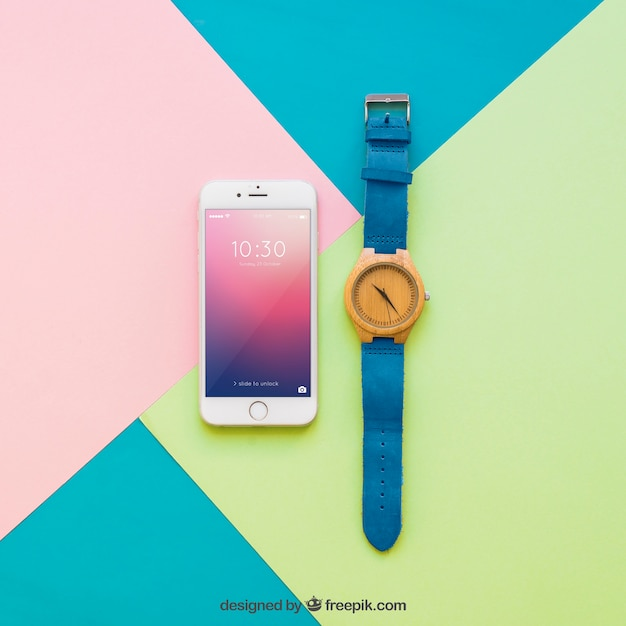 スマートフォンのディスプレイと時計のモックアップ 無料 Psd