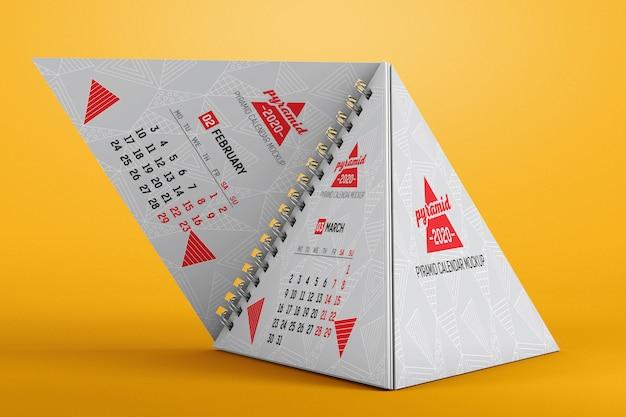 Spiral pyramid desk calendar mockup Premium Psd