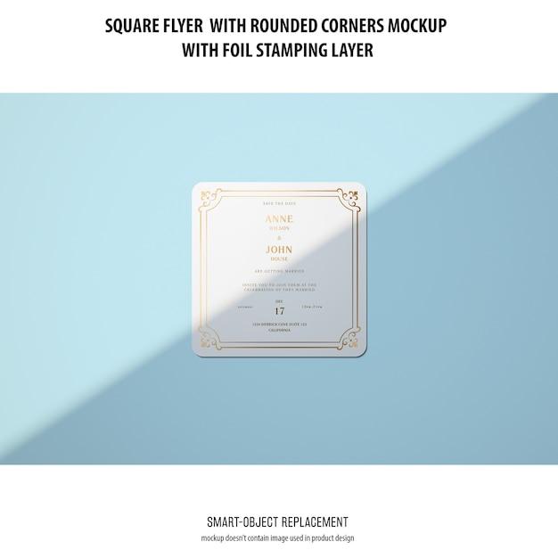 Sqaure 플라이어 목업 무료 PSD 파일