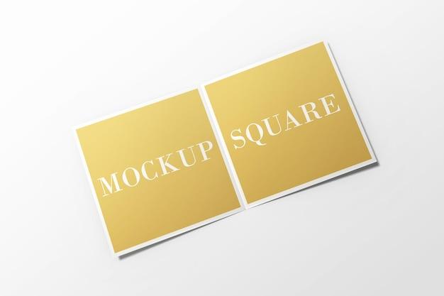 分離された正方形の二つ折りパンフレットのモックアップ Premium Psd