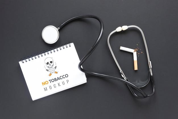 Smettere di fumare il concetto con lo stetoscopio Psd Gratuite