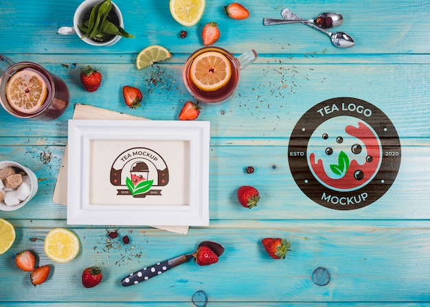 Strawberry and lemon tea mock-up Free Psd