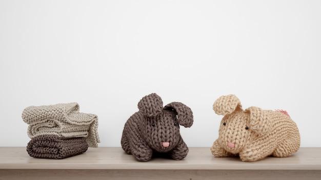 Фаршированные кролики и полотенца Бесплатные Psd