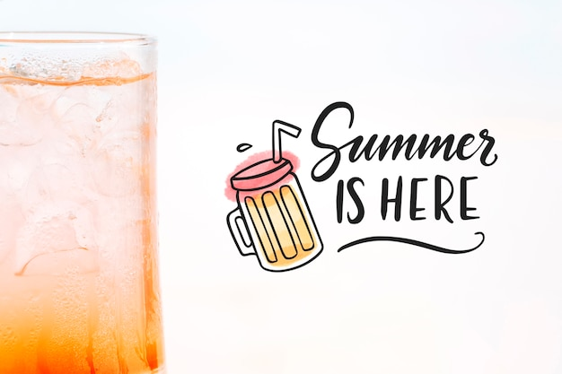 Summer cocktail concept with copyspace mockup Free Psd