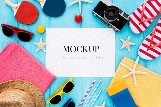 Summer concept mock up on a blue background Free Psd