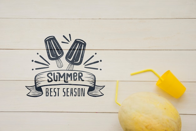 Summer lettering background with fruit Free Psd