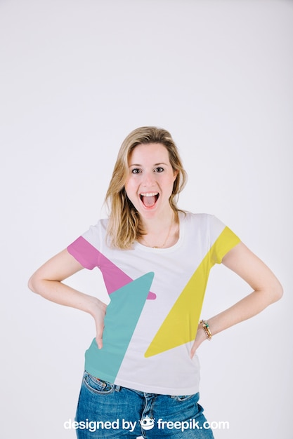 T shirt mockup with happy woman Free Psd