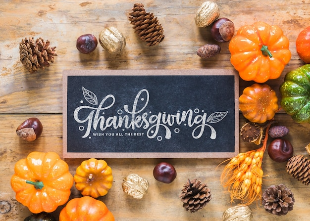 Thanksgiving mockup with slate Free Psd