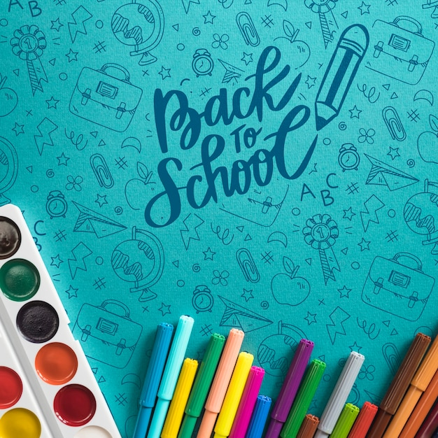 Top view arrangement with back to school items Free Psd