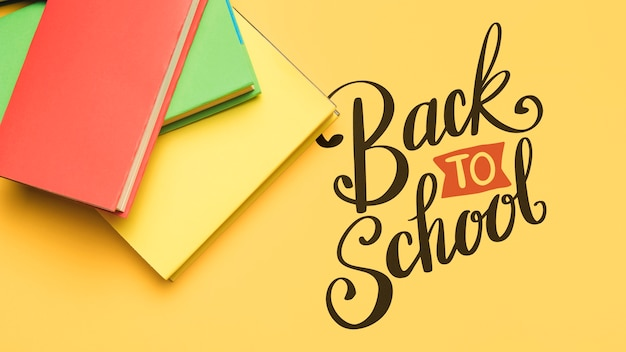 Top view back to school with books Free Psd