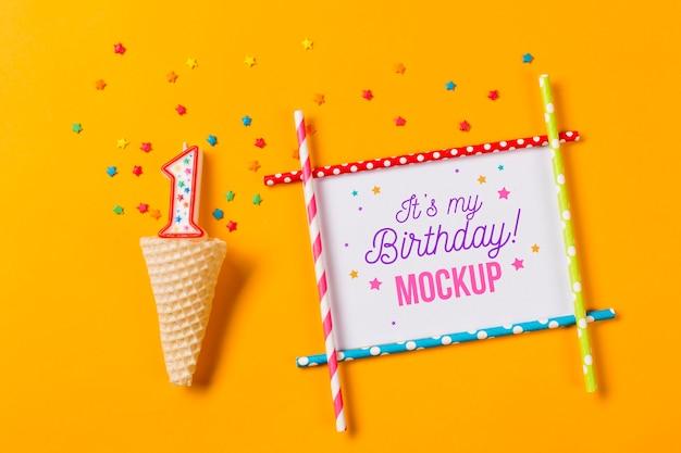 촛불 상위 뷰 생일 개념 무료 PSD 파일