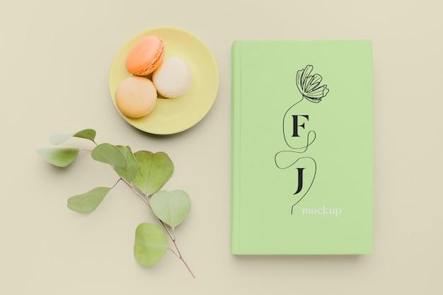 Вид сверху на обложку книги макет композиции Premium Psd