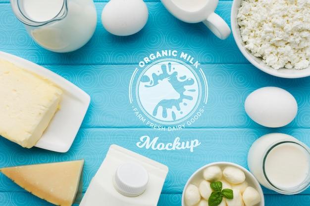 Расположение молочных продуктов вид сверху Бесплатные Psd