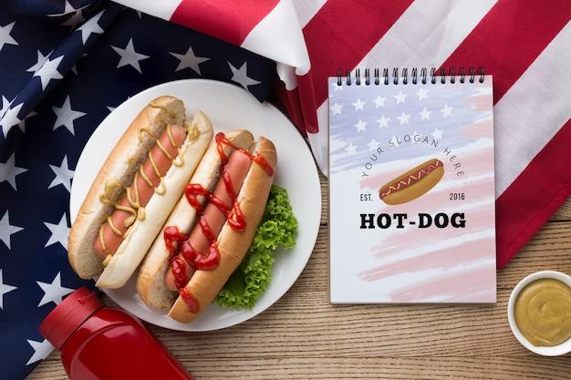 Vista dall'alto del delizioso cibo americano mock-up Psd Gratuite