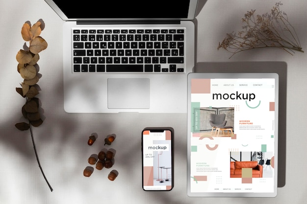 Top view devices mockup with autumn decor and shadows Free Psd
