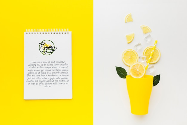Top view fresh lemonade concept with mock-up Free Psd