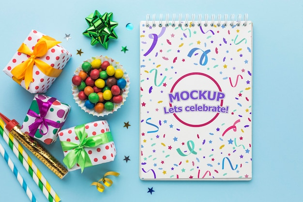 Top view happy birthday party notebook Free Psd