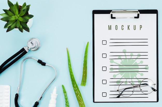 Concetto medico di vista dall'alto con mock-up Psd Gratuite