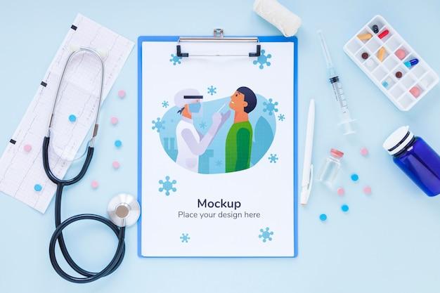 Strumenti medici vista dall'alto con mock-up Psd Gratuite