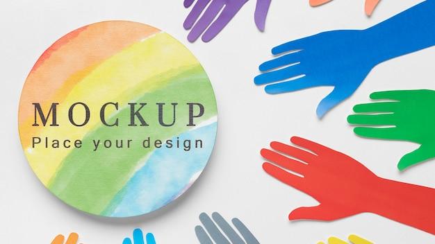 多様性のための虹色の手の上面図 無料 Psd