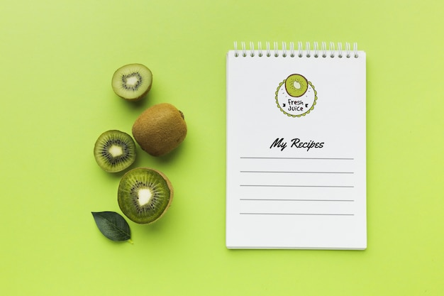 Top view organic kiwi concept with mock-up Free Psd