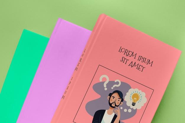 Вид сверху кучу различных книжных макетов Бесплатные Psd