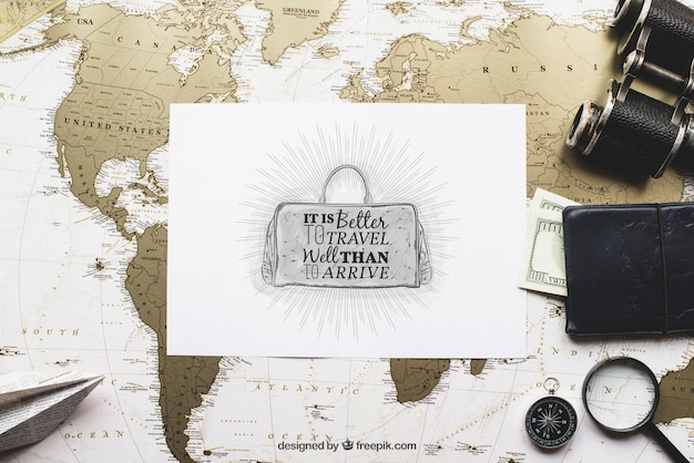 Travel concept with paper Free Psd