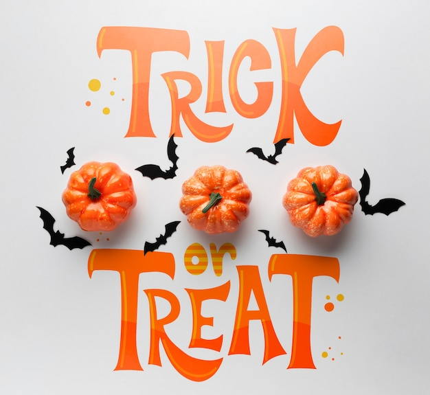 Trick or treat message for halloween day Free Psd