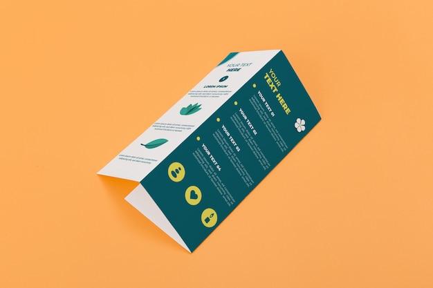 삼중 브로셔 개념 모형 무료 PSD 파일